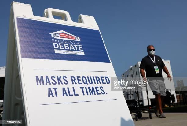Workers prepare for the first presidential debate between US President Donald Trump and Democratic presidential nominee Joe Biden at Case Western...