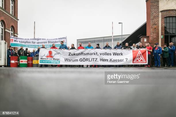 Workers protest in front of the steam turbine factory of Siemens on November 17 2017 in Goerlitz Germany The concern announced to close the factory...