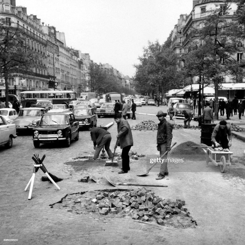 FRANCE-MAY-DAMAGE : News Photo