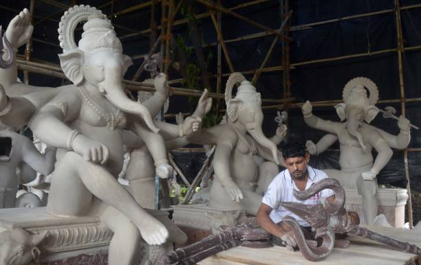 IND: Artist Makes A Ganpati Idol For The Upcoming Ganesh Chaturthi Festival