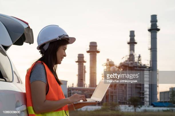working at power plant - maintenance engineer stock pictures, royalty-free photos & images