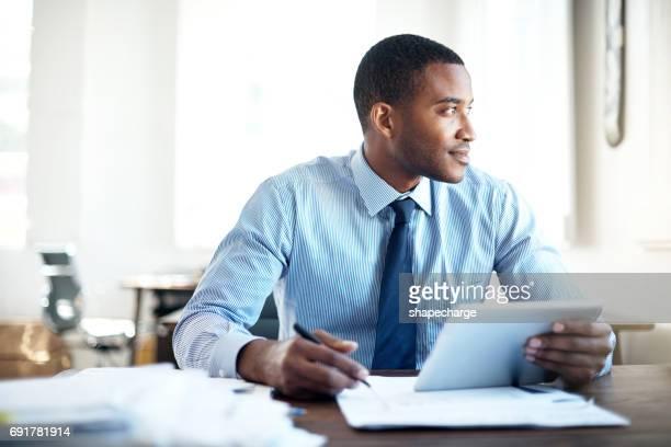 Hart arbeiten, um seinen Ehrgeiz auf großen Erfolg zu erfüllen