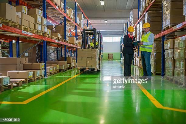 Travailler dans un entrepôt