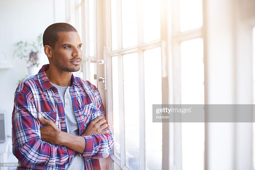 Working through his thoughts : Stockfoto