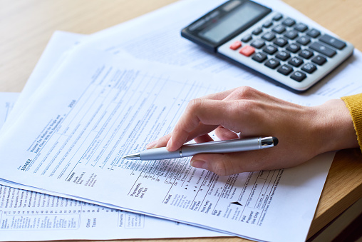 Working with tax return form 1131866817