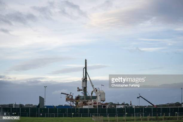 Workmen construct Cuadrilla's shale gas fracking drilling rig near Westby on October 12, 2017 in Blackpool, England. Engineers have begun to build...