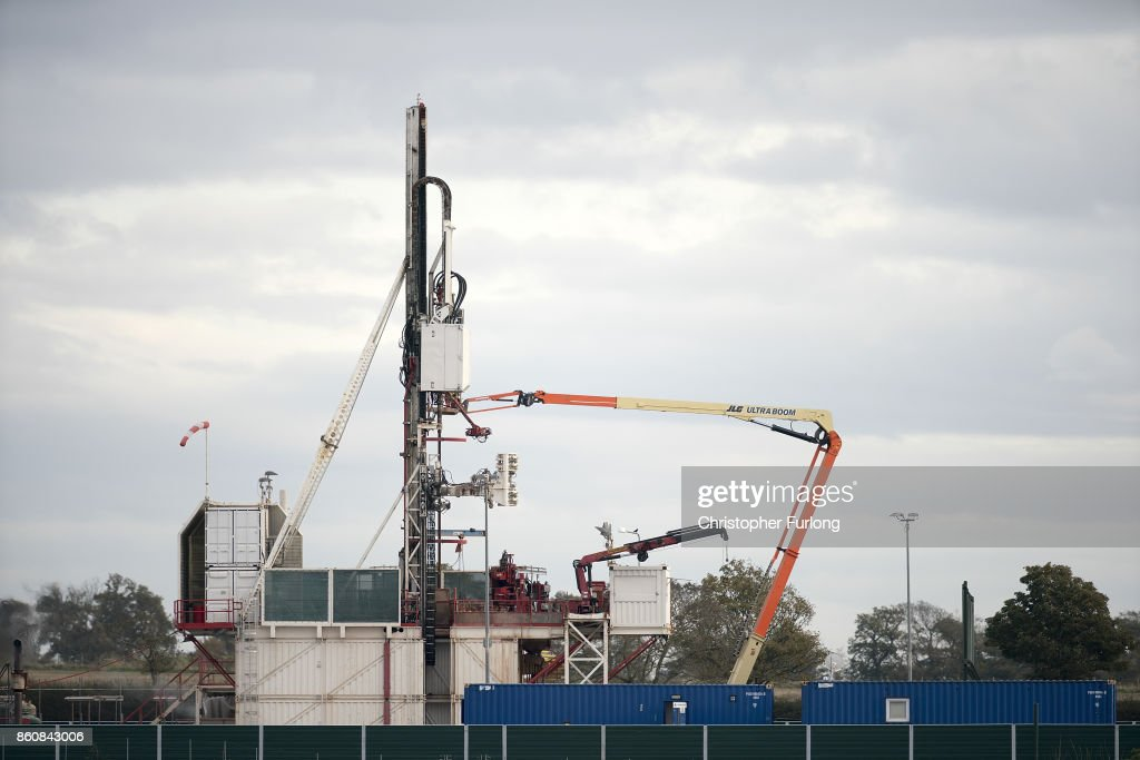 Workmen construct Cuadrilla's shale gas fracking drilling rig near Westby on October 12, 2017 in Blackpool, England. Engineers have begun to build the new rig at the site off Preston New Road in preparation for extracting gas. The site will be the first in the UK to extract shale gas since 2011.