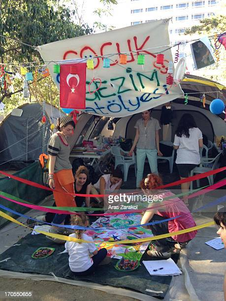 CONTENT] A workshop for children located in the occupied park