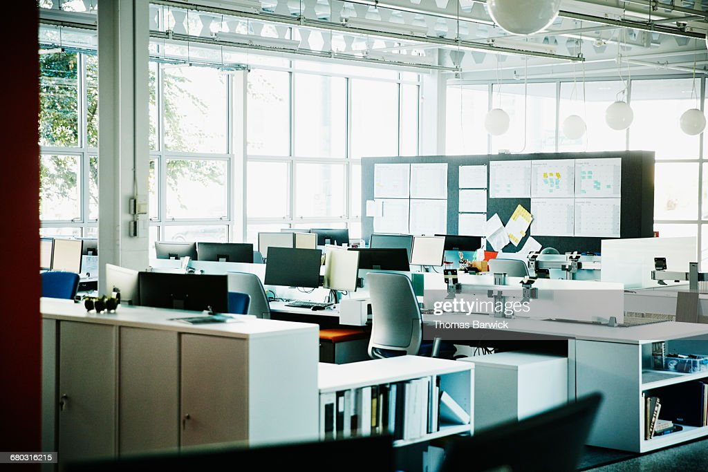 workstations in empty high tech office ストックフォト getty images