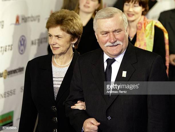 World Awards 2003, Hamburg; Lech WALESA mit Ehefrau Danuta
