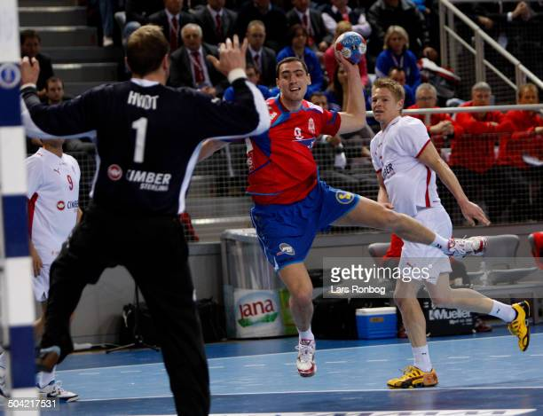 World Championships Handball in Croatia Nenad Vuckovic Serbien / Serbia Jesper Jensen Danmark Keeper Kasper Hvidt Danmark © Lars Rønbøg /...
