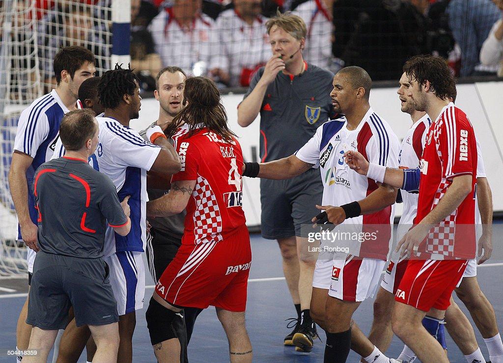 LR-UDLAND / 17:30 World Cup Handball Final Croatia - France : News Photo