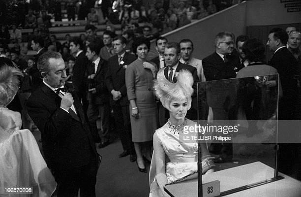 World Championships Of Hairdressing Paris 16 octobre 1960 Les championnats du monde de coiffure pour dames du lors Festival mondial de la coiffure un...