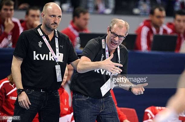World Championships Womens Handball Serbia vs. Denmark - Assistenttræner / Assistantcoach Ulrik Kirkely, Danmark / Denmark - Landstræner / Teamcoach...