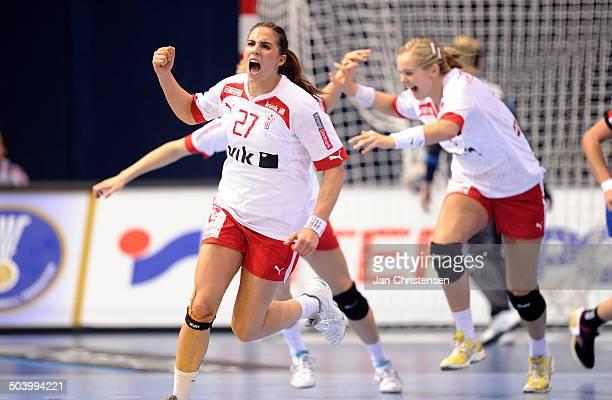 World Championships Womens Handball Serbia vs. Denmark - Dansk jubel - Louise Katharina BURGAARD, Danmark / Denmark. © Jan Christensen, Frontzonesport