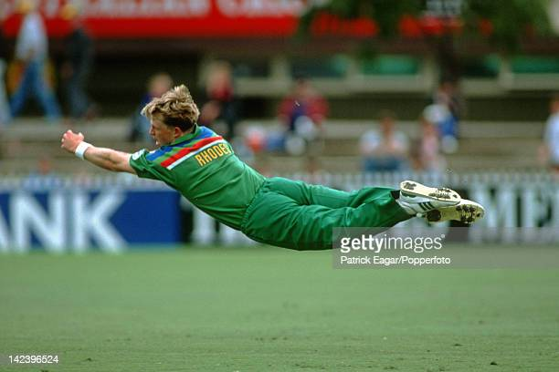 World Cup 1992 South Africa v India at Adelaide Jonty Rhodes dives 2925119