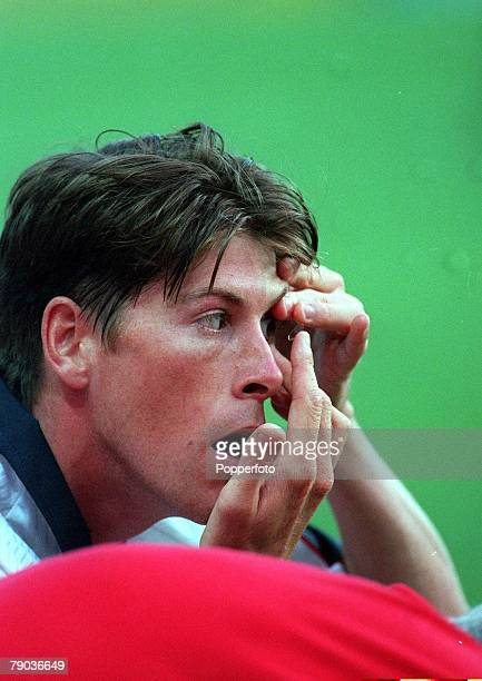 World Cup 1998 Finals St Etienne France 30th June England 2 v Argentina 2 England's Darren Anderton replaces a contact lens which fell out early in...