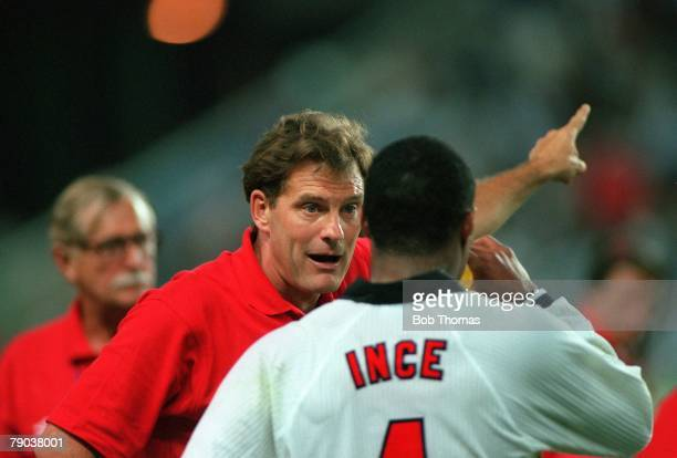 World Cup 1998 Finals St Etienne France 30th June England 2 v Argentina 2 England coach Glenn Hoddle gives instructions to Paul Ince in the break...