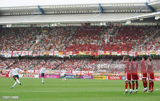 World Cup 2006, England v Trinidad & Tobago, David Beckham of England takes a free-kick towards the Trinidad & Tobago wall.
