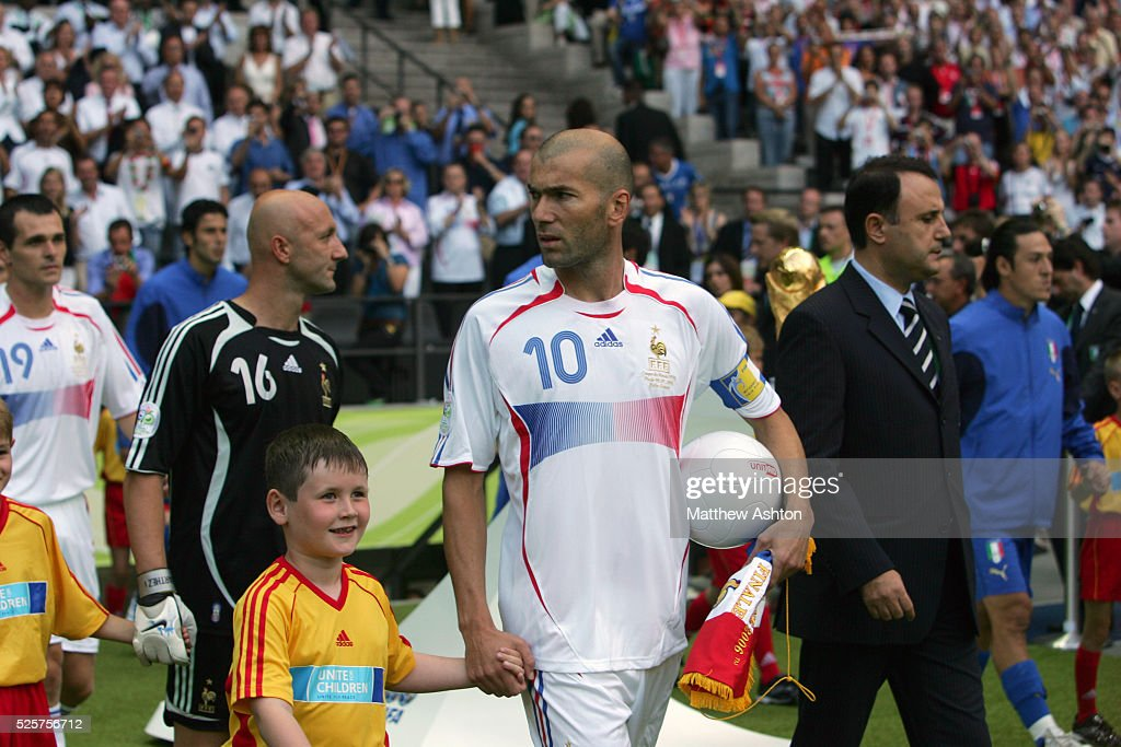 Soccer - FIFA World Cup Finals - Italy vs. France : News Photo