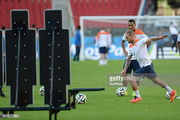 World Cup Brazil 2014 Sneijder During the training before the match against valid for the second round of Group B of the World Cup 2014 in Brazil...