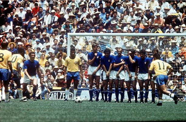 World Cup Final 1970, Mexico City, Mexico, 21st June Brazil 4 v Italy 1, Italy form a wall as Brazil's Pele and Rivelino prepare a Free-kick