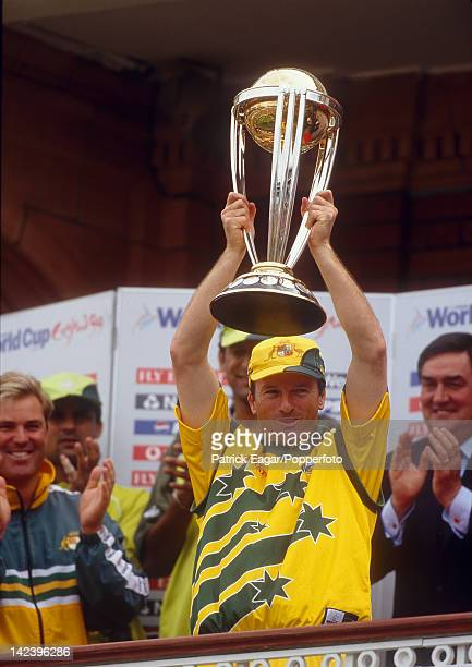 World Cup Final 1999 Australia v Pakistan Steve Waugh with the World Cup on the balcony of the Lord's pavilion 1995723