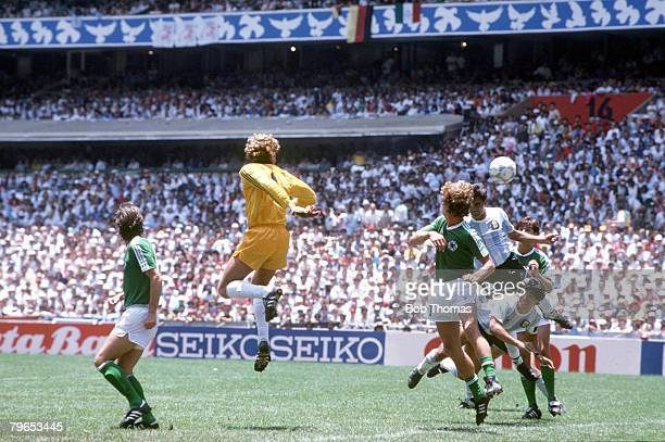 World Cup Final Azteca Stadium Mexico 29th June Argentina 3 v West Germany 2 Argentina's Jose Luis Brown heads the ball to score the first goal after...
