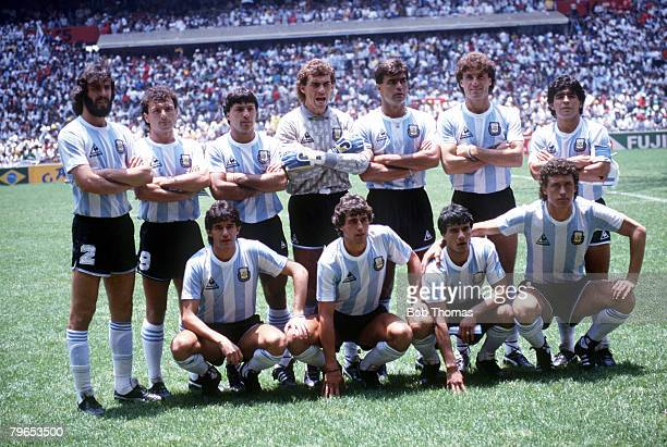 World Cup Final Azteca Stadium Mexico 29th June Argentina 3 v West Germany 2 Argentina pose for a team group before the match