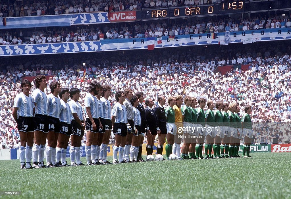 1986 World Cup Final, Azteca Stadium, Mexico, 29th June, 1986, Argentina 3 v West Germany 2, The two teams line up with the officials before the match : News Photo