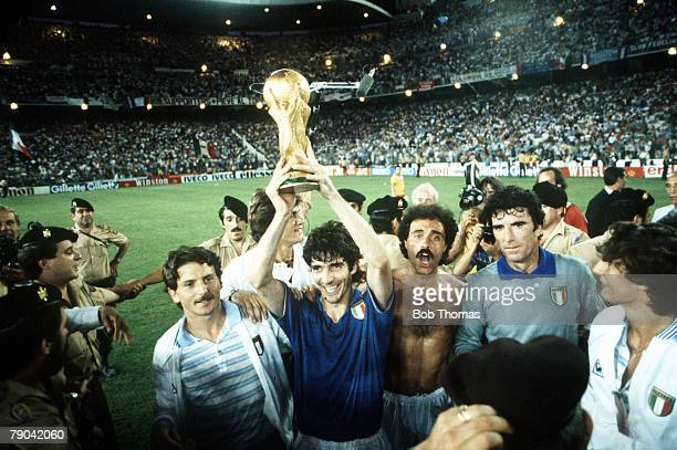 World Cup Final Madrid Spain 11th July Italy 3 v West Germany 1 Italy's Paolo Rossi holds aloft the World Cup trophy on their lap of honour