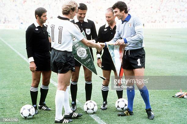World Cup Final Madrid Spain 11th July Italy 3 v West Germany 1 West German captain KarlHeinz Rummenigge and Italian captain Dino Zoff exchange...
