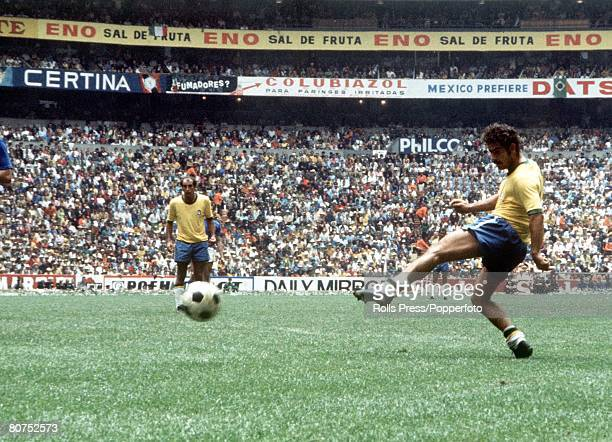 World Cup Final Mexico City Mexico 21st June Brazil 4 v Italy 1 Brazil's Rivelino takes a shot at the Italian goal during the match