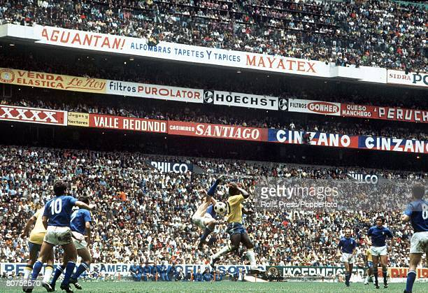 World Cup Final Mexico City Mexico 21st June Brazil 4 v Italy 1 Brazil's Pele is surrounded by Italian players as he jumps up for the ball in the...