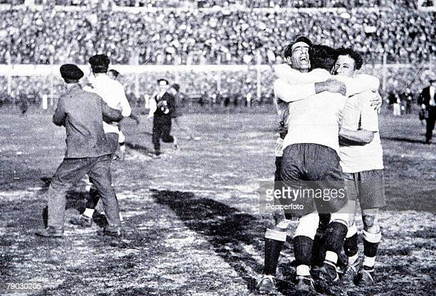 World Cup Final Montevideo Uruguay Uruguay 4 v Argentina 2 Members of the the Uruguayan team celebrate after Winning the Jules Rimet trophy by...