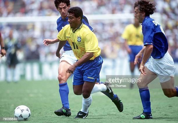World Cup Final Pasadena USA 17th July Brazil 0 v Italy 0 Brazil's Romario challenged by Italy's Roberto Donadoni and Demetrio Albertini
