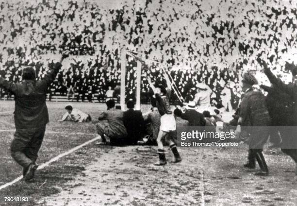 World Cup Final Rome Italy Italy 2 v Czechoslovakia 1 10th June Italian coach Vittorio Pozzo standing behind the Czech goal celebrates as Raimondo...
