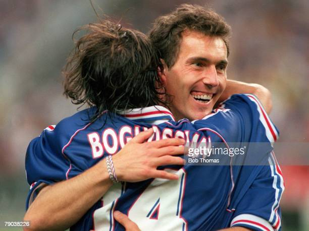 World Cup Final St Denis Paris France 12th July France 3 v Brazil 0 France's Laurent Blanc celebrates his side's World Cup win with Alain Boghossian