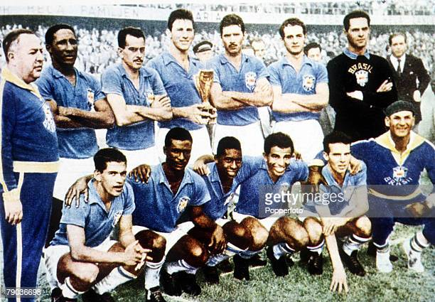 World Cup Final Stockholm Sweden 29th June Brazil 5 v Sweden 2 The Brazilian team pose for a group photo as they celebrate with the Jules Rimet trophy