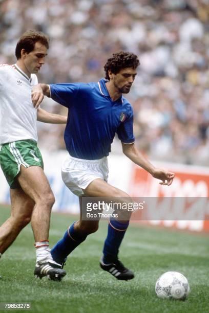 World Cup Finals Azteca Stadium Mexico 31st May 1986 Italy 1 v Bulgaria 1 Italy's Alessandro Altobelli on the ball