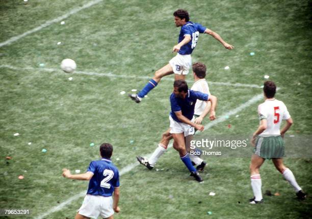 World Cup Finals Azteca Stadium Mexico 31st May 1986 Italy 1 v Bulgaria 1 Italy's Alessandro Altobelli scores his side's goal