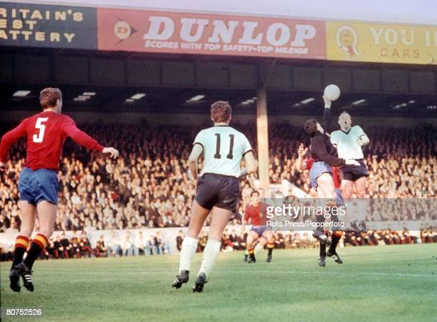 World Cup Finals Birmingham England 20th July West Germany 2 v Spain 1 Spanish goalkeeper Jose Angel Iribar jumps for the ball with West German...