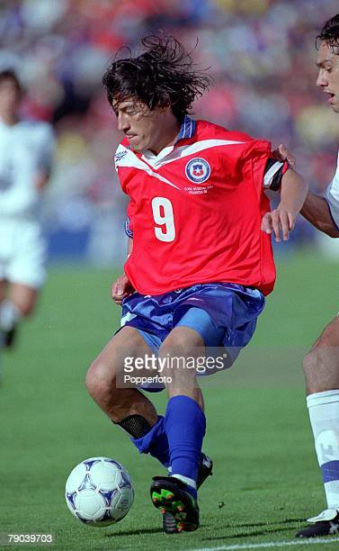 World Cup Finals Bordeaux France 11th JUNE 1998 Italy 2 v Chile 2 Chile's Ivan Zamorano runs with the ball