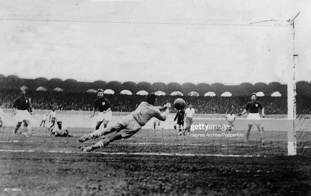 1938 World Cup Finals Bordeaux, France. Brazil 2 v Czechoslovakia 1. Czech goalkeeper Planicka makes a diving save to prevent a Brazilian goal. : News Photo