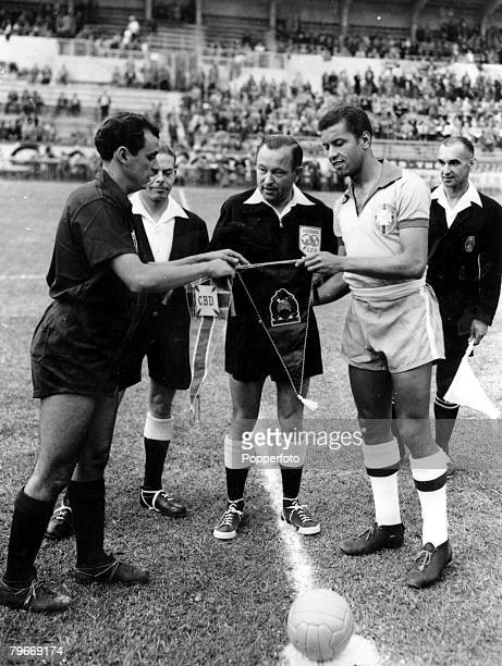 World Cup Finals Geneva Switzerland 16th June Brazil 5 v Mexico 0 Mexico's captain Naranjo exchanges pennants with Brazilian captain Bauer before...