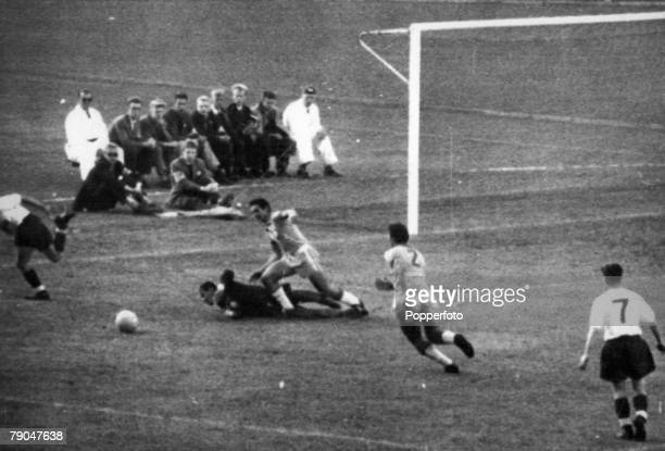World Cup Finals Gothenburg Sweden 11th June England 0 v Brazil 0 Brazilian goalkeeper Gilmar dives to stop an attempt on goal by England's Court as...