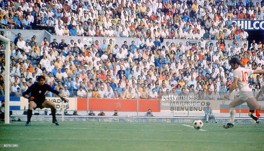 1970 World Cup Finals Guadalajara, Mexico. 2nd June, 1970. England 1 v Romania 0. England's Geoff Hurst scores the only goal of the game past Romanian goalkeeper Stere Adamche in the two teams opening group 3 match. : News Photo