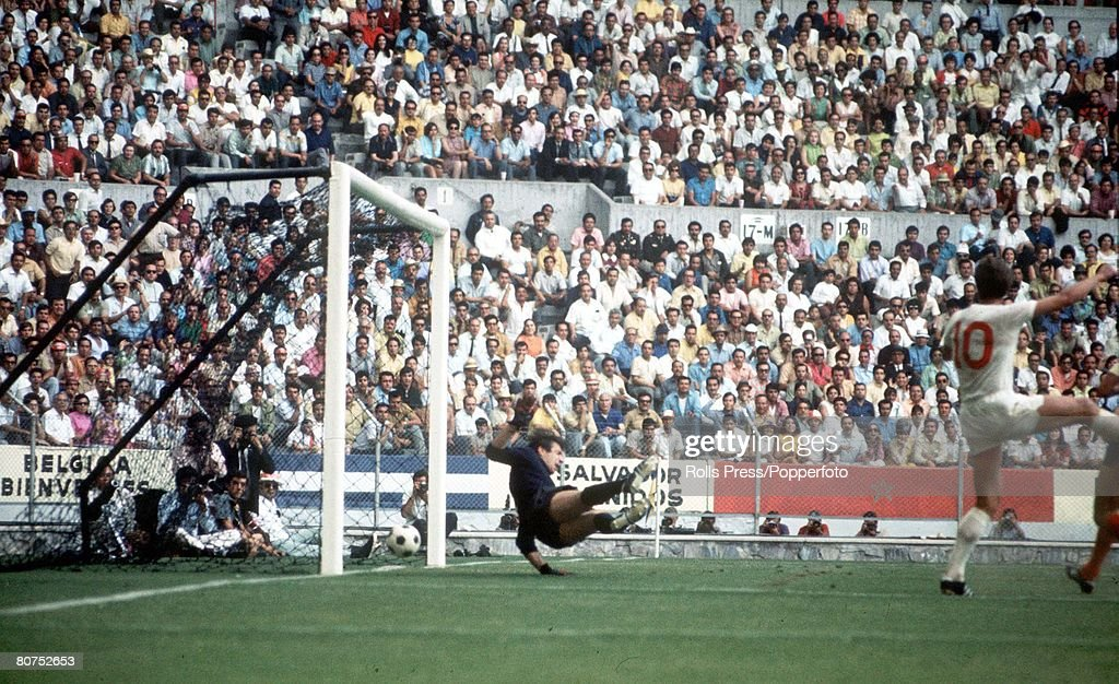 1970 World Cup Finals Guadalajara, Mexico. 2nd June, 1970. England 1 v Romania 0. England's Geoff Hurst scores the game's only goal past Romanian goalkeeper Stere Adamche. : News Photo