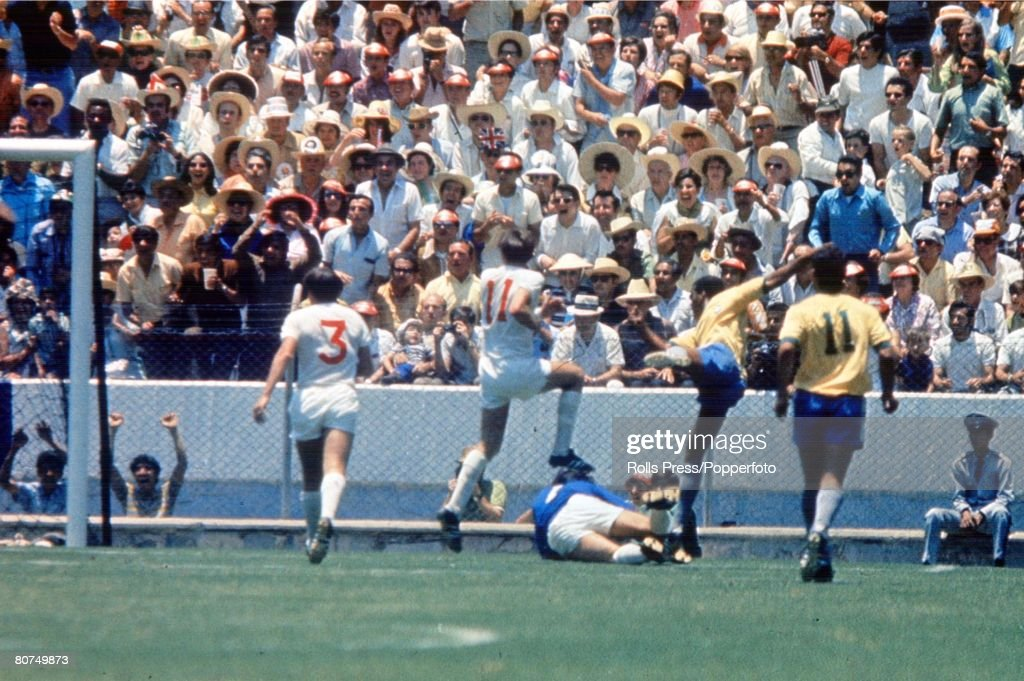 """1970 World Cup Finals Guadalajara, Mexico 7th June, 1970. England 0 v Brazil 1. Brazil's Jairzinho settles the match billed as """"The clash of Champions' by scoring the only goal of the game past England goalkeeper Gordon Banks. : News Photo"""