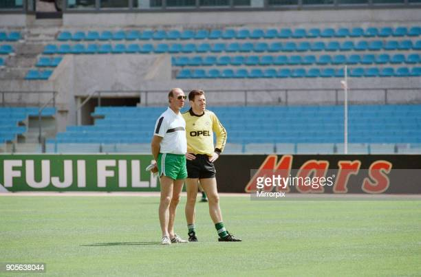 World Cup Finals in Italy Republic of Ireland goalkeeper Pat Bonner with manager Jack Charlton during a team training session June 1990